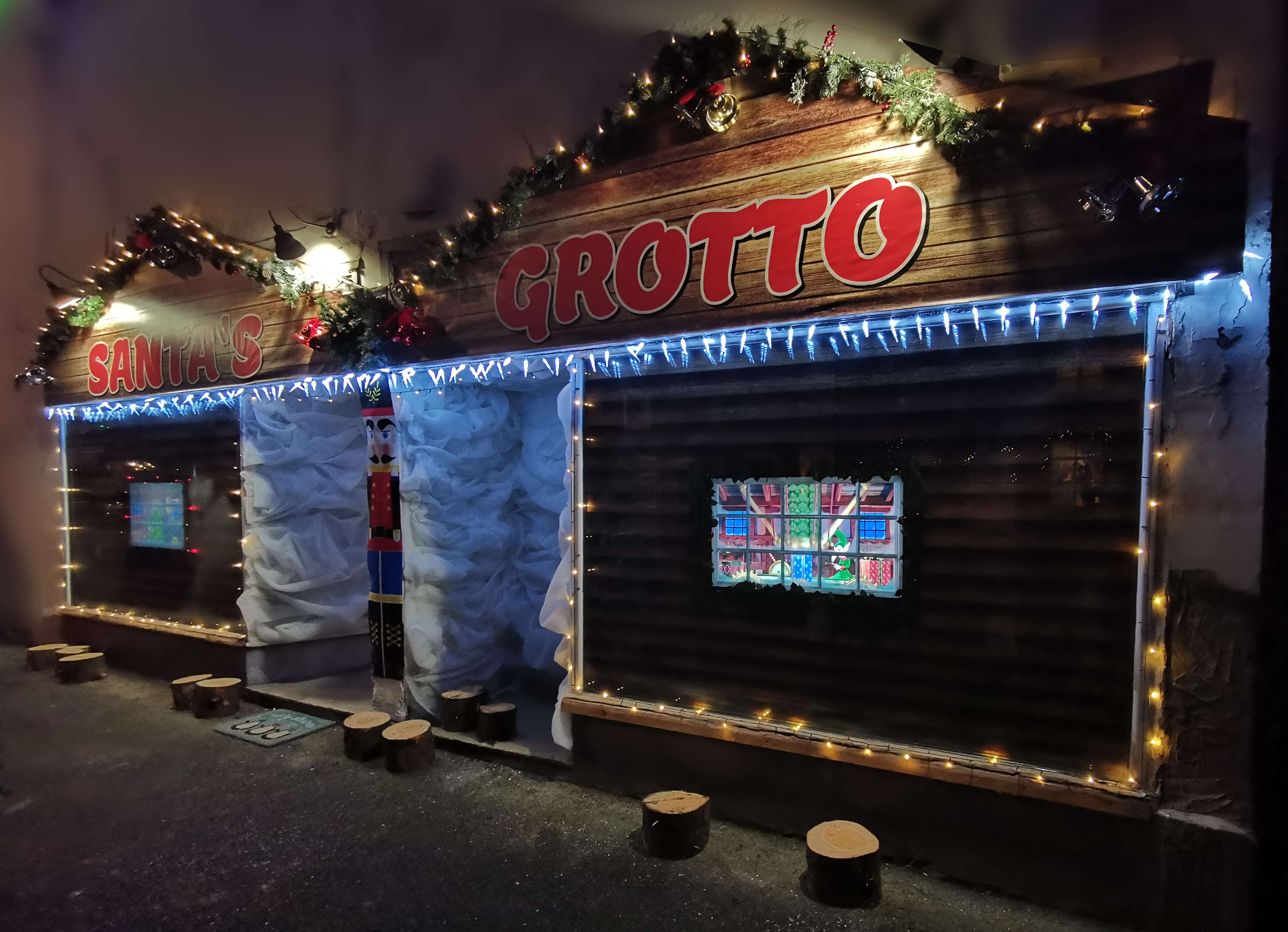 Amazing Santa's Grotto in Bridgnorth